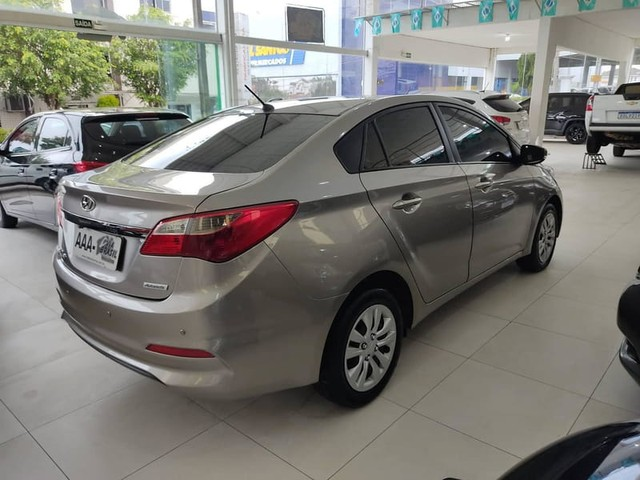 Hyundai HB20S COMFORT PLUS 1.6 16V FLEX AUT. - Foto 4