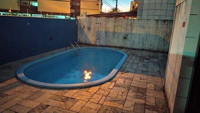 Apartamento com 03 quartos, piscina e varanda - Foto 14