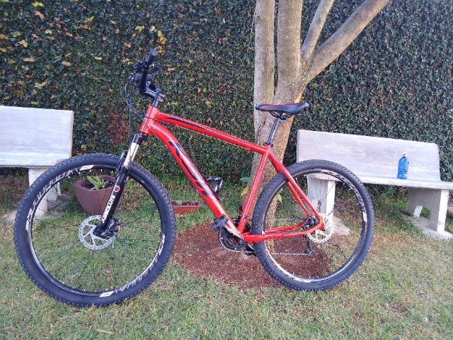 Bike KSW aro 29, quadro 21. - Foto 6