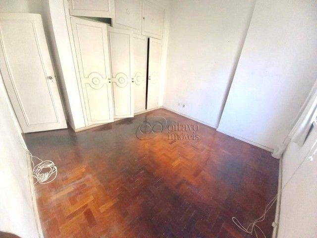 Posto 4 Bolivar junro a Pompeu Loureiro, andar alto salão 3 quartos dependencias, oportuni - Foto 12
