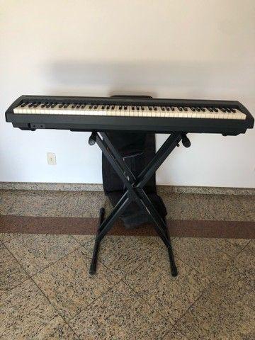 Piano Eletrônico  Yamaha P-85  - Foto 5