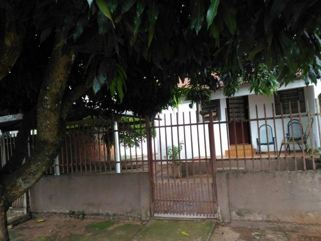 Casa no Izidro Pedroso c/ edícula - Regularizada - Dá financiamento