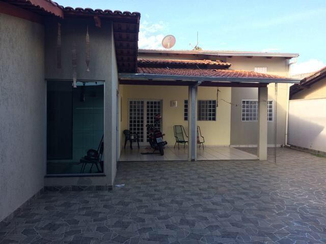 Casa 3 quartos e Sala comercial Caldas Novas