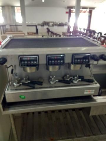 Máquina de café expresso 3 grupos com Moinho eletrônico, perfeito estado de conservação - Foto 2