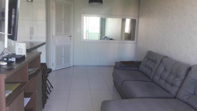 Apartamento Sala/Quarto Mobiliado, Locação na Ponta D'Areia, 2 Vagas Garagem