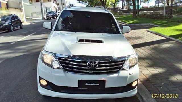 Toyota Hilux Sw4 3.0 4x4 Diesel 2013 -5 Lugares - Foto 2