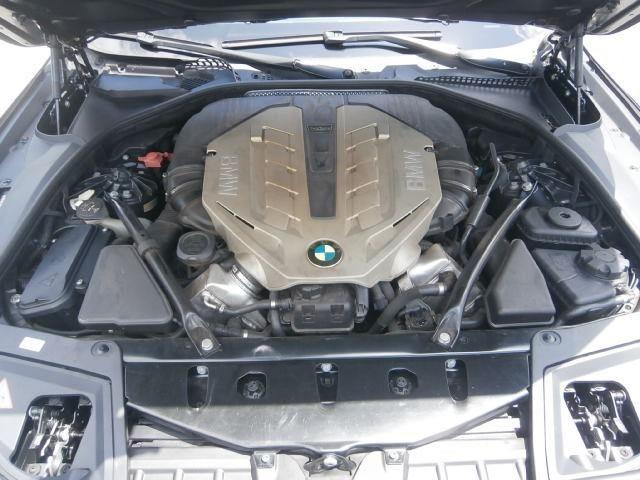550I 4.4 v8 bi turbo 407 cv - Foto 5