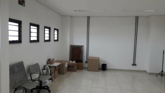 Galpão Comercial / Industrial Entre Londrina e Ibiporã - Proximo a Rodovia - Foto 4