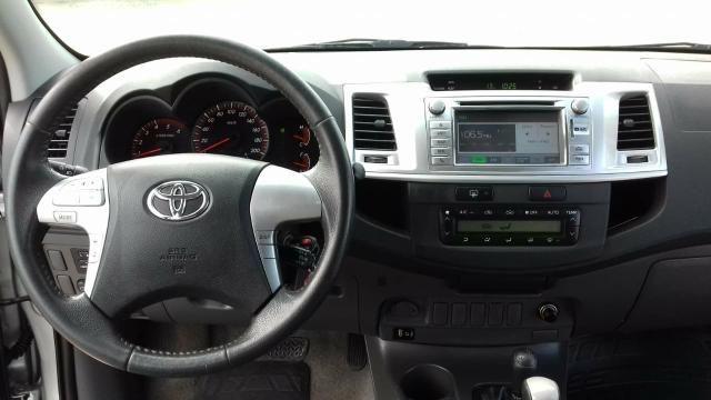 Toyota Hilux SRV 2013 - Foto 10