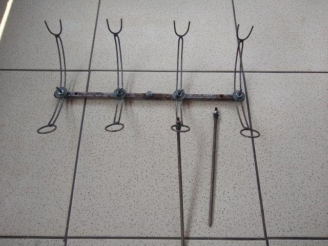 Suporte de varas de pesca.
