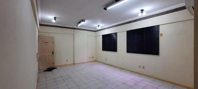Dr. Vianna Aluga Sala comercial no Edif. Village Medical Center - Foto 4
