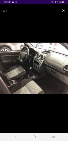 Fiesta Class Sedan 1.6 completo