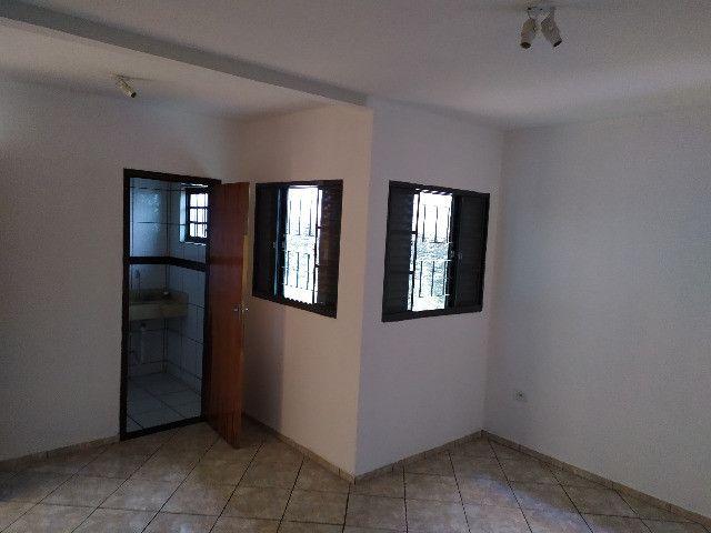 Casa com 1 suíte, 2 quartos - Foto 17