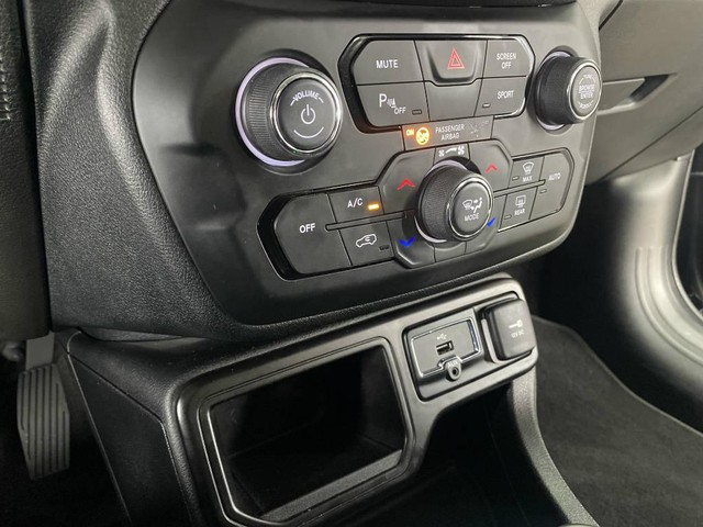 Jeep Renegade 1.8 Limited AT - Foto 12