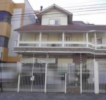 Casa à venda com 4 dormitórios em São sebastião, Porto alegre cod:EL46215049