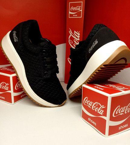 Tênis Coca-Cola Sense preto natural