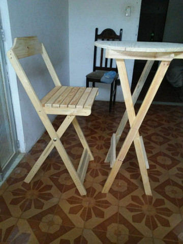 Conjunto de mesa e cadeiras bistrô pinho e cedro - Foto 2