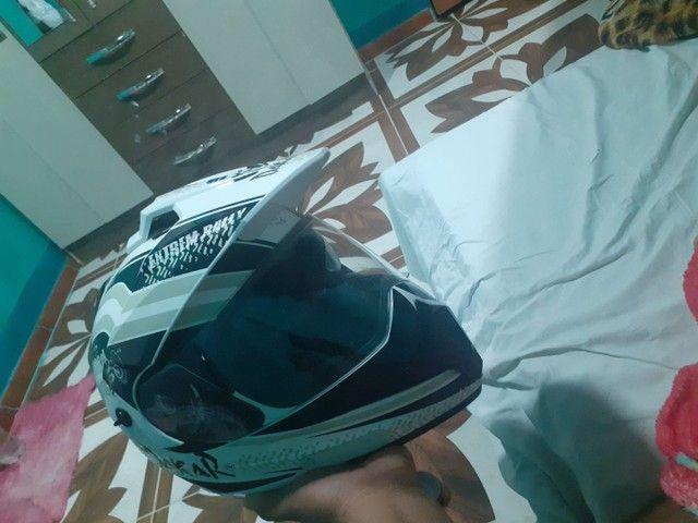 Vendo esse capacete