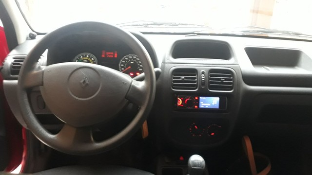 CLIO Renault  2013  Lindo 56000 Km ÓTIMO ESTADO  ! - Foto 2