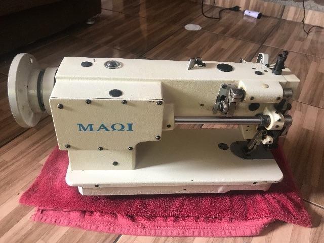Máquina de costura reta industrial semi nova