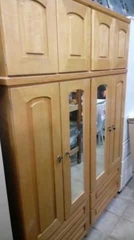 Guarda roupa madeira novo