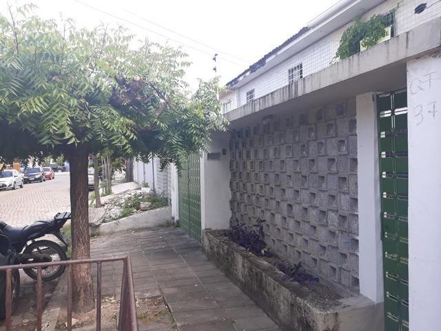 Belíssima Casa Duplex Reformada 3 Qtos/ 3 Vagas/ a 5 Minutos De Boa Viagem No Ipsep - Foto 6