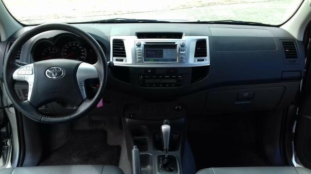 Toyota Hilux SRV 2013 - Foto 9