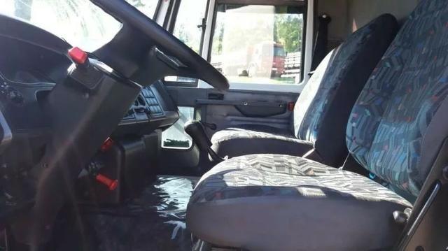Ford Cargo 816, Baú - Foto 8