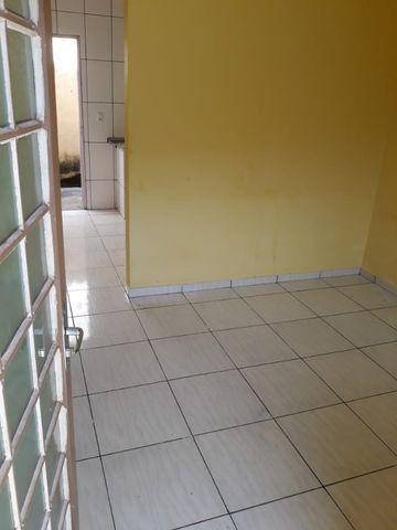 Aluga Casa em Condomínio no Pq Esplanada V