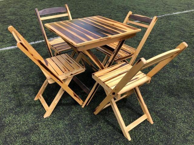 Mesas e cadeiras dobráveis para seu estabelecimento