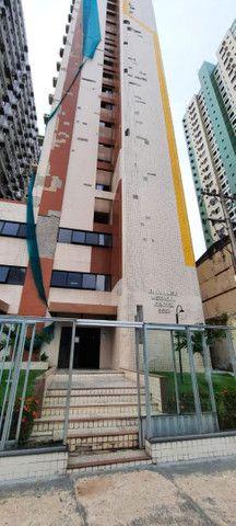 Dr. Vianna Aluga Sala comercial no Edif. Village Medical Center