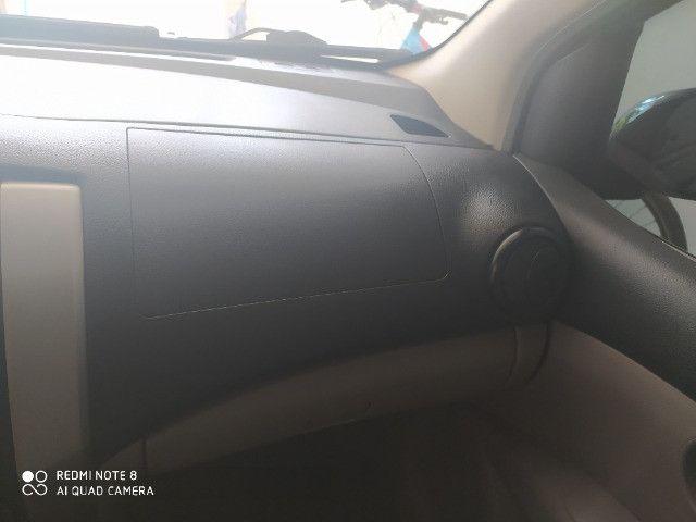 Nissan Livina - Foto 2