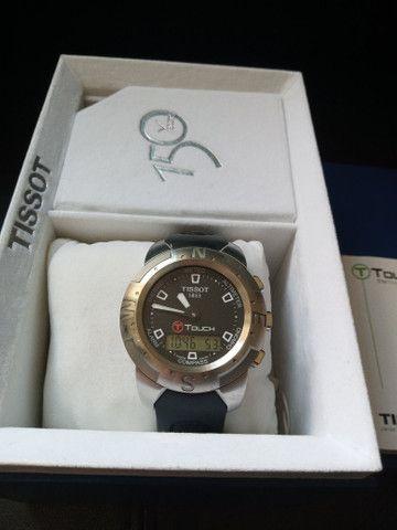 Relógio Tissot T-touch-ref. T33.1.598.51 /modelo: Z 252/352 - Foto 5
