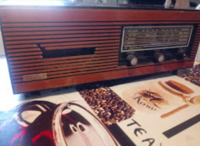 Rádio franhm modelo diplomata PL 72 - Foto 2