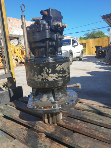 Motoredutor hidráulico Escavadeiras E215B / CX220B /n * - Foto 5