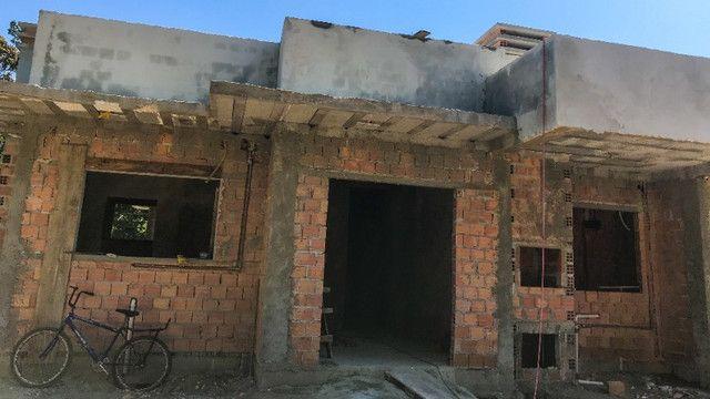 Casa Geminada à 240 Metros da Praia - Foto 2