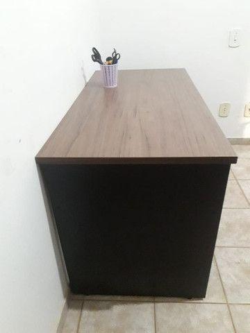 Escrivaninha de escritório em MDF - Foto 4
