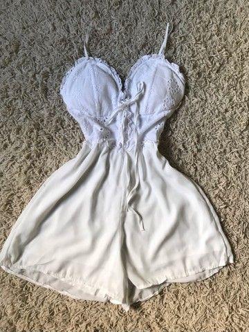 Vestidos e macaquinha novos  - Foto 5