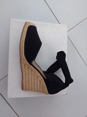 Sandália.