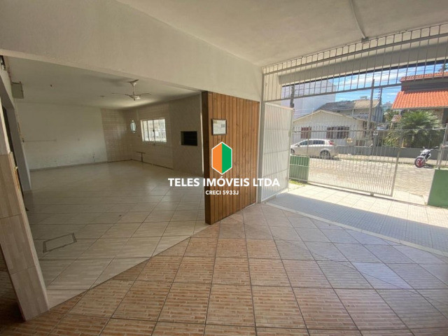 Casa -Centro de Meia Praia - Foto 6