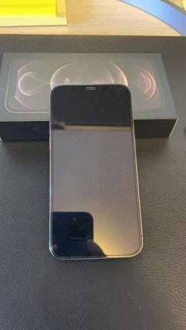 Iphone 12 PRO, 128GB Grafite e acessórios  - Foto 2