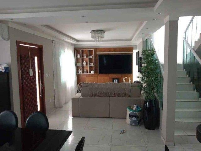 Duplex com 04 quartos, piscina, churrasqueira em condomínio no centro de São Pedro - Foto 7