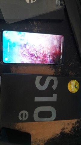 Samsung S10e - Foto 2