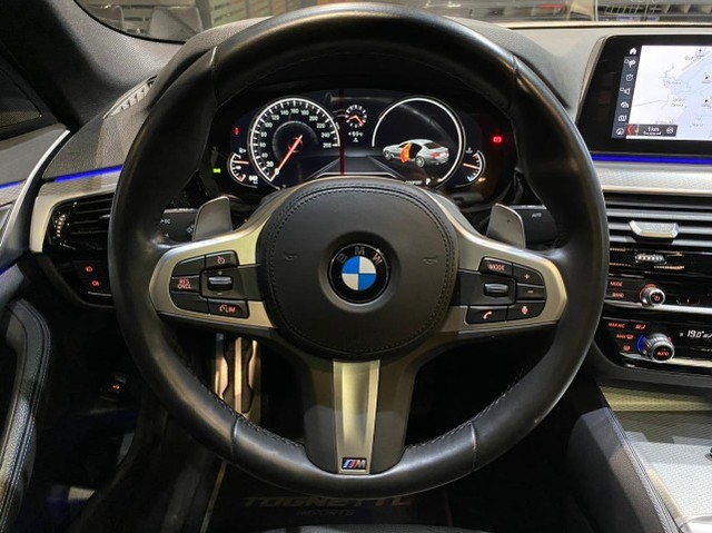 BMW 530i M Sport 2.0 Turbo 2018 - Foto 20