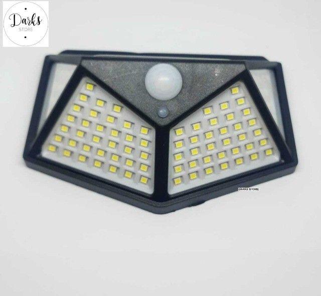 Luminária Solar Parede 100 Led Preta Sensor Presença Com 3 Funções