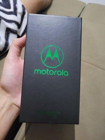 Motorola G7 plus, sem detalhe de uso.