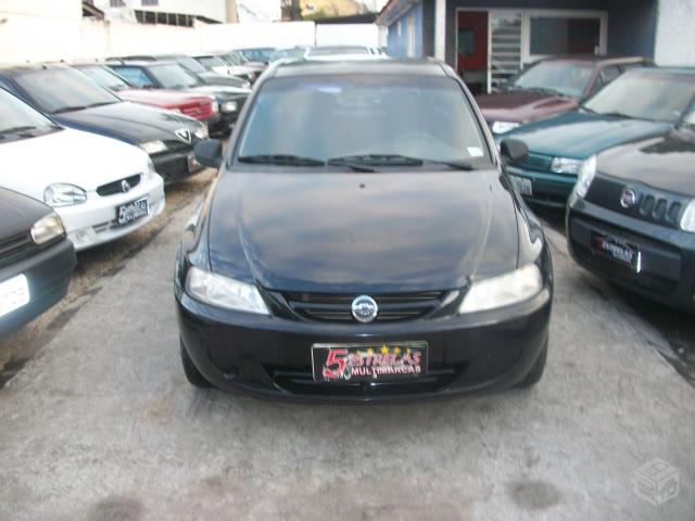 Gm - Chevrolet Celta VHC - 2005 - R$13.500