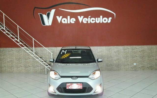 Fiesta hatch se 1.6 2014 completo