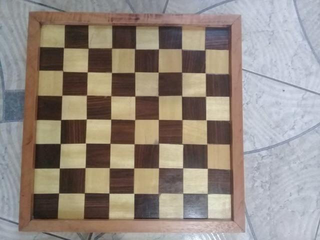 Tabuleiro de Xadrez ou Dama