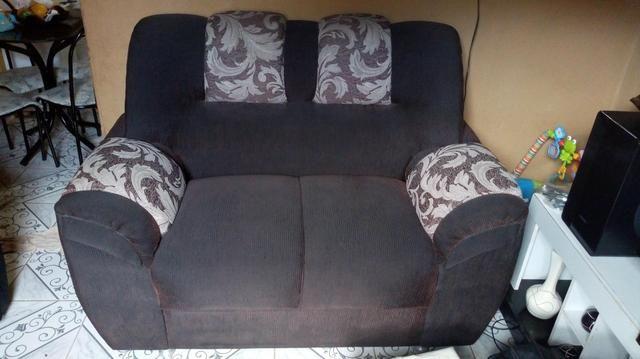 Sofa novo 2 lugares